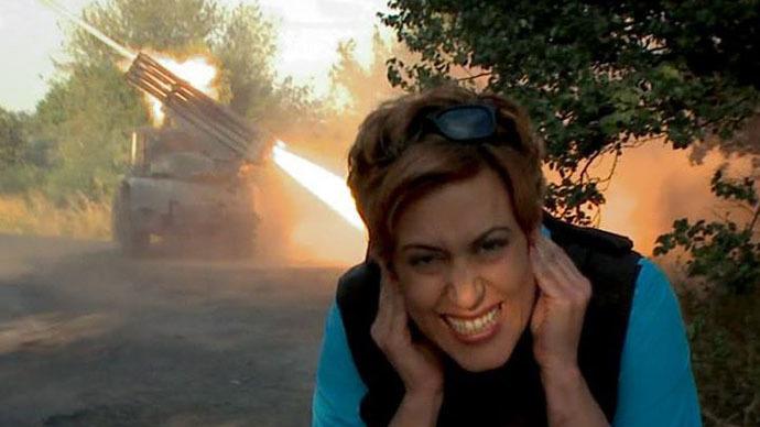 Ukrainian authorities deny entry into the country to RT journalist Paula Slier.